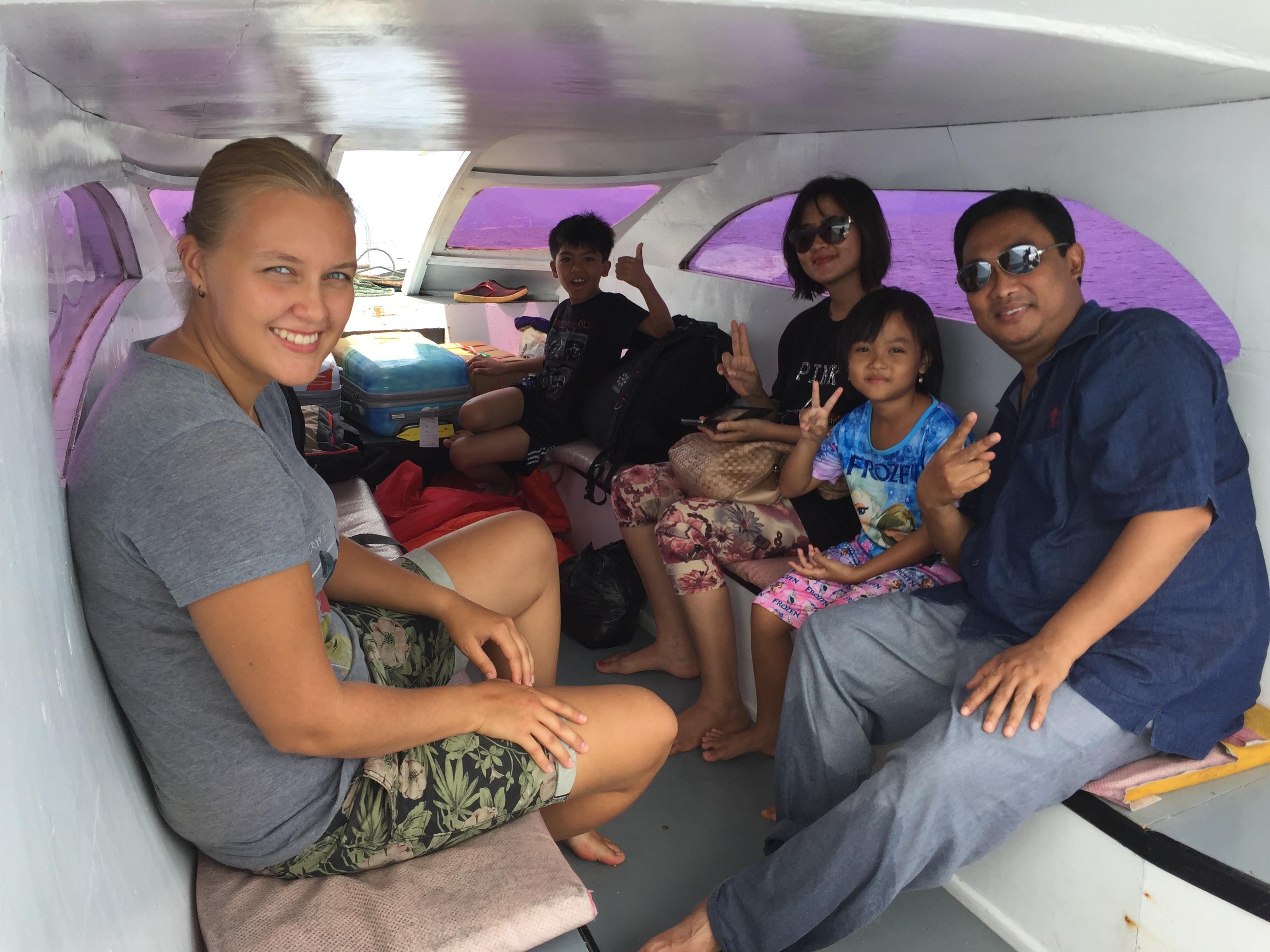 Boat to Bunaken